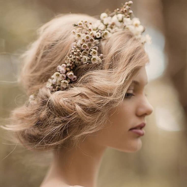 Cute Boho Style Girls Hair Styles For Any Kind of Hairs (13)