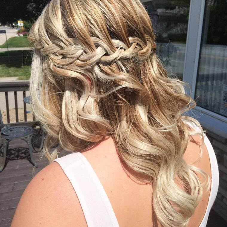 Cute Boho Style Girls Hair Styles For Any Kind of Hairs (25)