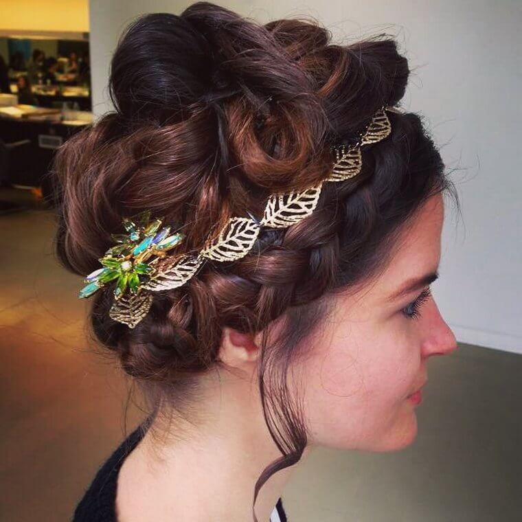 Cute Boho Style Girls Hair Styles For Any Kind of Hairs (37)