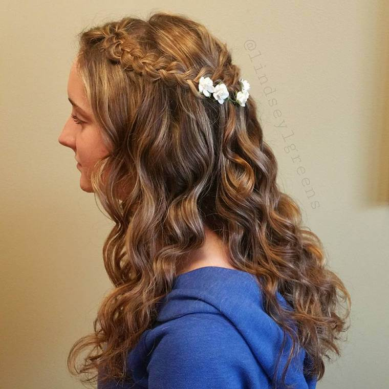 Cute Boho Style Girls Hair Styles For Any Kind of Hairs (46)