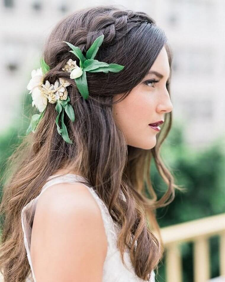 Cute Boho Style Girls Hair Styles For Any Kind of Hairs (49)