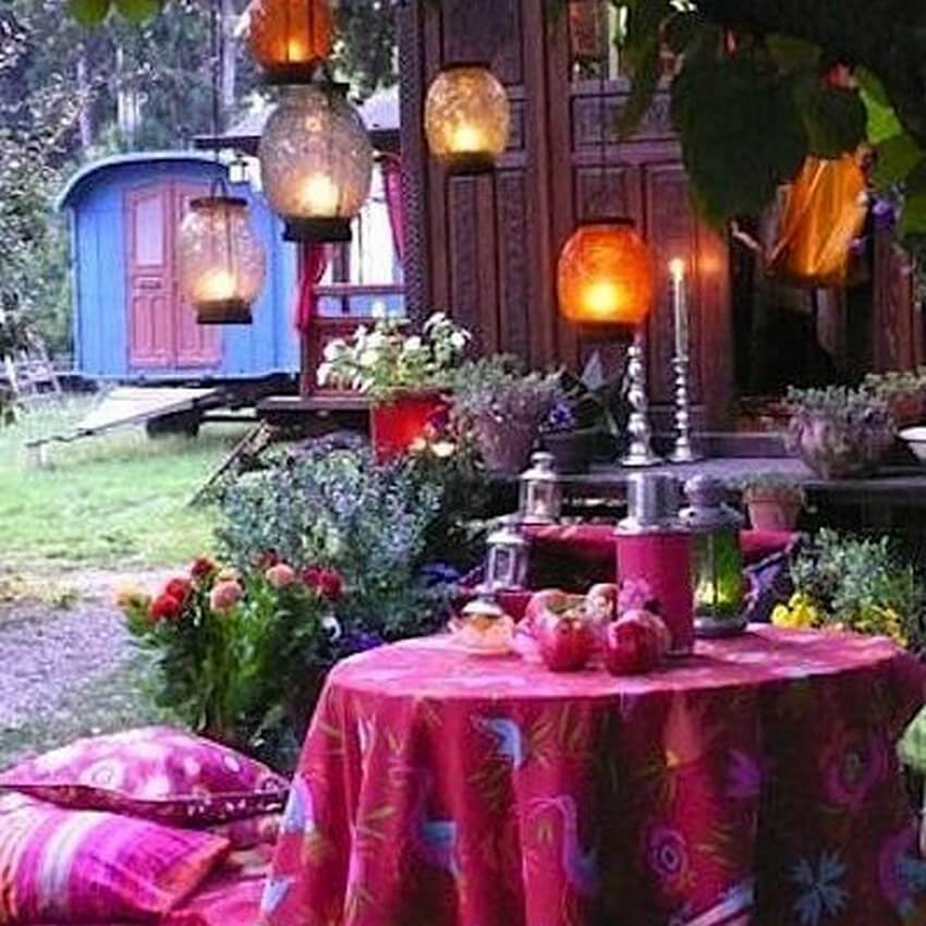 Bohemian Garden Designs And Backyard Ideas (11)