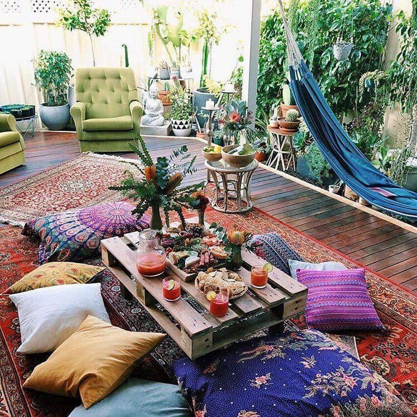 Bohemian Garden Backyard and Patio Ideas - Bohemian ... on Bohemian Patio Ideas id=33420