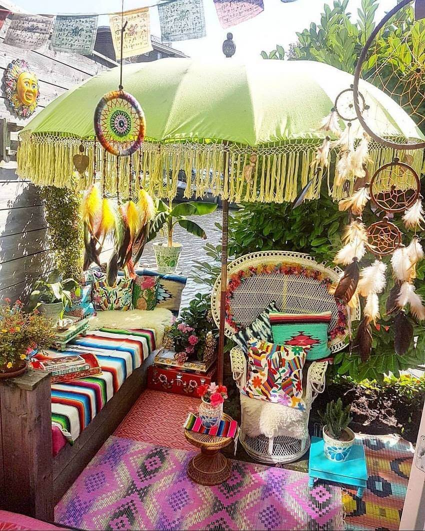 Bohemian Garden Backyard and Patio Ideas - Bohemian ... on Bohemian Patio Ideas id=32906