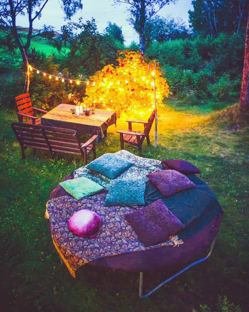 Bohemian Garden Designs And Backyard Ideas (24)