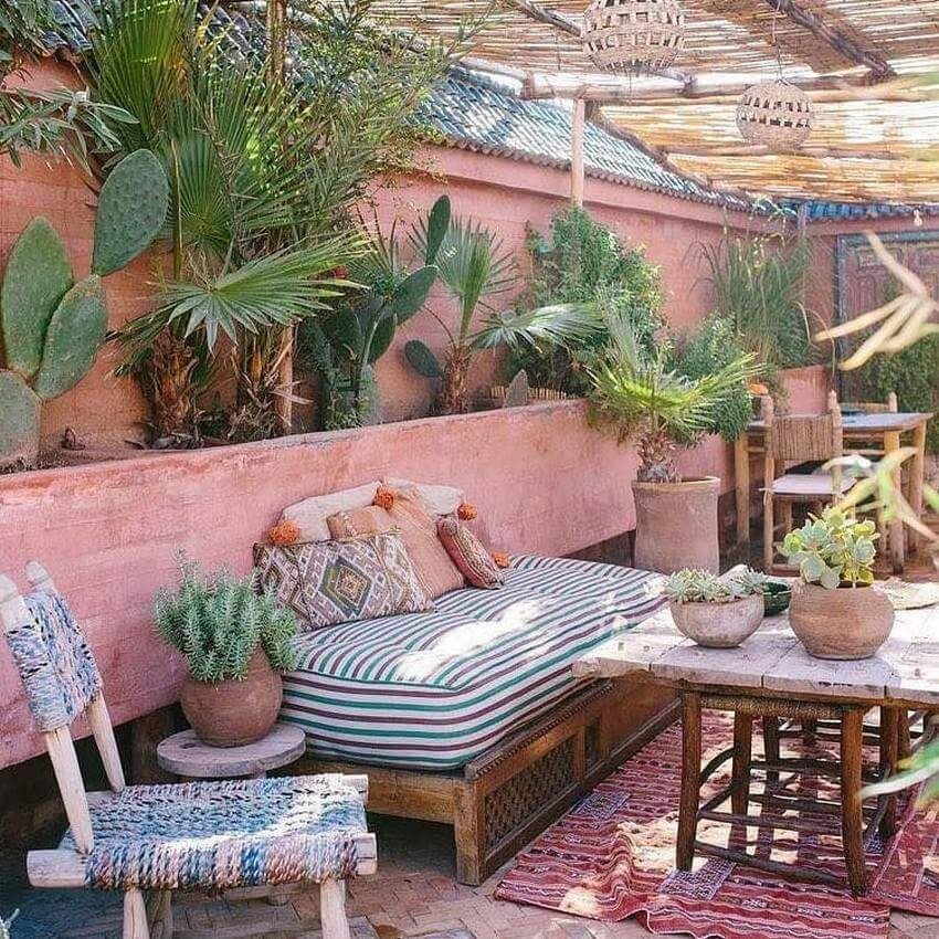 Bohemian Garden Designs And Backyard Ideas (36)