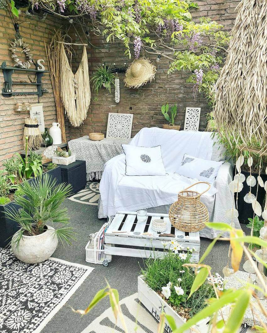 Bohemian Garden Designs And Backyard Ideas (42)